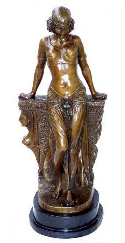 Kunst & Ambiente - Große Bronzefigur auf Marmorsockel - Skulptur - Ägypterin - signiert von Milo -...