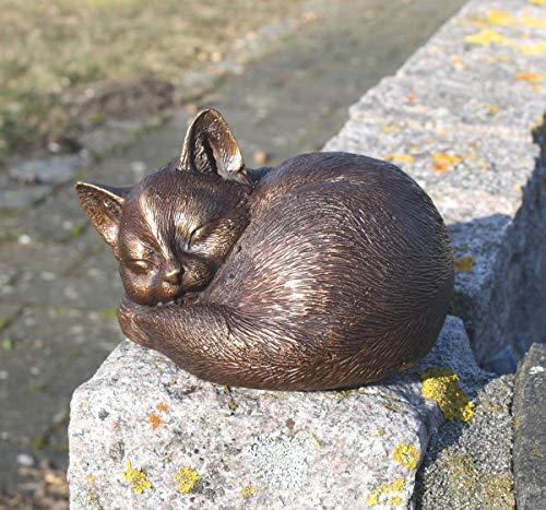 H. Packmor Bronzeskulptur schlafende Katze Kätzchen - Dekoration für Haus und Garten - 14x9x11 cm