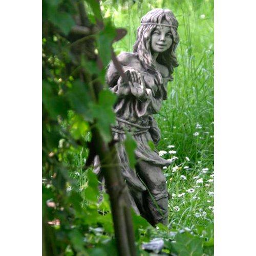 Vidroflor Waldbewohnerin versteckt BRÜNHILD, Steinguss Gartenskulptur, H=80cm, wetterfeste Figur...