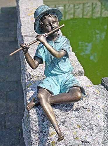 H. Packmor GmbH Bronzeskulptur Junge mit Querflöte - Dekoration für Haus und Garten - 15x20x5 cm