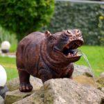 Wasserspeiendes wetterfeste Nilpferd Figur für den Einsatz nahe einem Teich als Gartenfigur