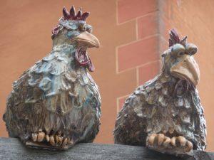 Garten Hühner und Keramik